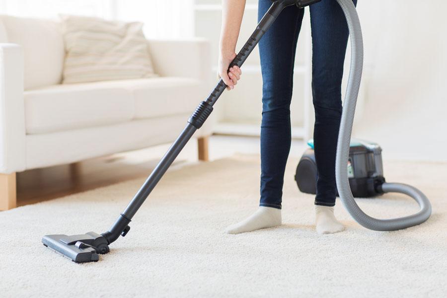 C mo lavar una alfombra - Como limpiar una alfombra en seco ...