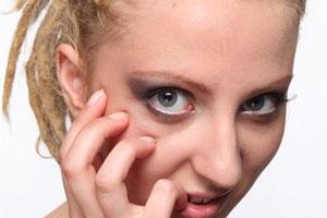 Recetas de cremas caseras antiarrugas para los ojos. Cómo hacer cremas naturales para las arrugas de los ojos