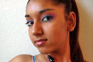 Cómo maquillarse al estilo hindú