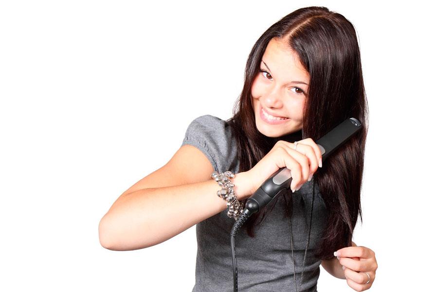 Cómo peinarse para lucir más delgada. Peinados para lucir mas delgada. Cómo aparentar ser más delgada con un peinado diferente