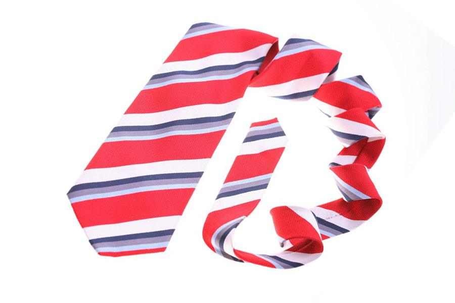 Cómo hacer el nudo de corbata atlántico - Video