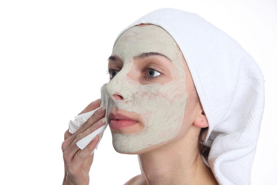 Como exfoliar el rostro. Consejos para hacer una exfoliacion del rostro. Tratamiento para exfoliar el rostro.