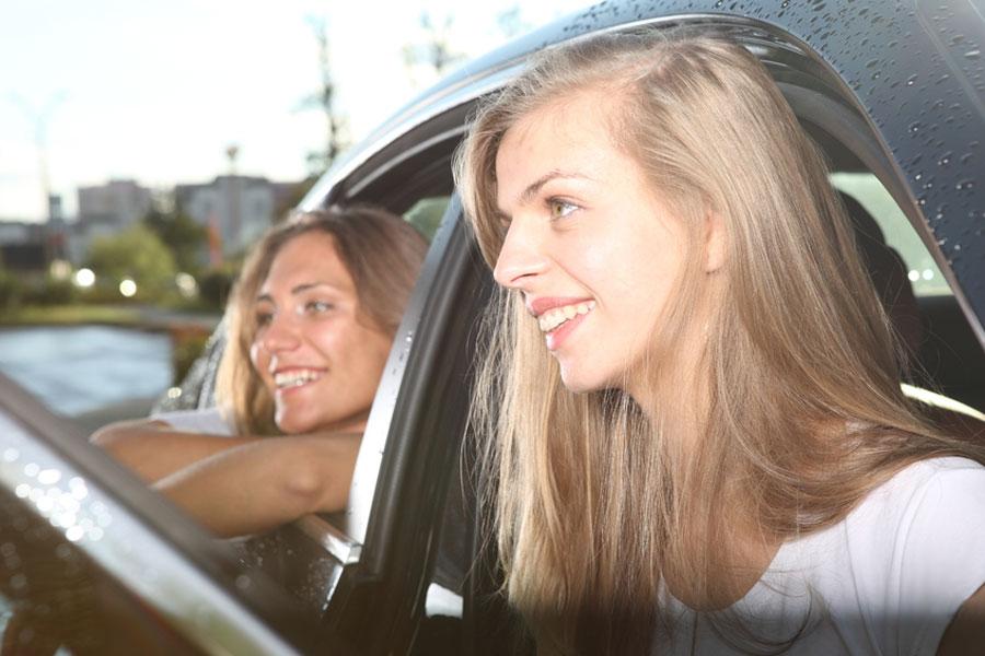 Consejos para ir de viaje con hijos adolescentes. Cómo hacer un viaje con adolescentes. Tips para ir de vacaciones con adolescentes