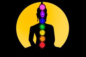 Para activar los Chakras podemos hacer algunos ejercicios simples. Cada chakra se puede abrir fácilmente.