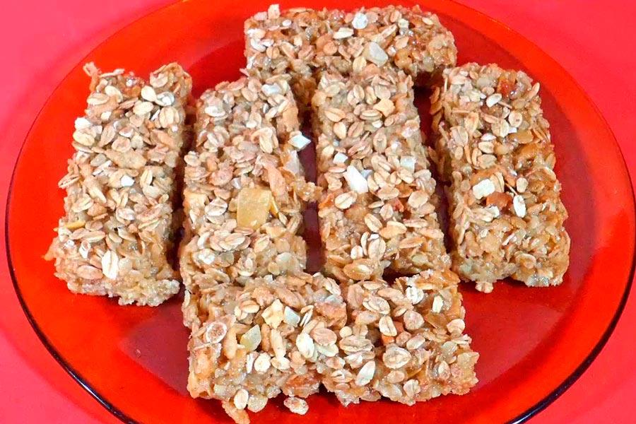 Video para hacer barras de cereal caseras. Pasos y receta de barritas de cereales.