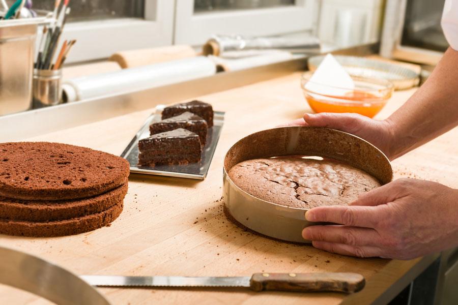 Cómo cocinar pasteles pefectos y esponjosos. Claves para lograr bizcochos y pasteles perfectos. Pasos para preparar pasteles