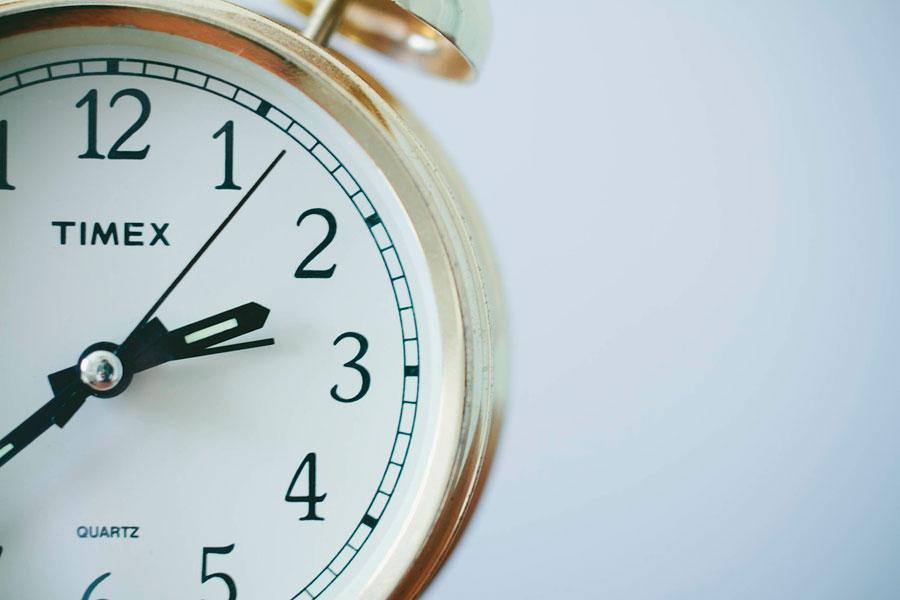 Ideas para reciclar relojes viejos. Qué hacer con viejos relojes en desuso. Manualidades con relojes viejos. Cómo aprovechar relojes viejos
