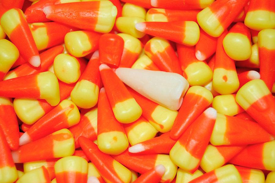 Recetas para hacer dulces en Halloween. Dulces tradicionales para noche de brujas. ingredientes y preparación para hacer dulces de Halloween