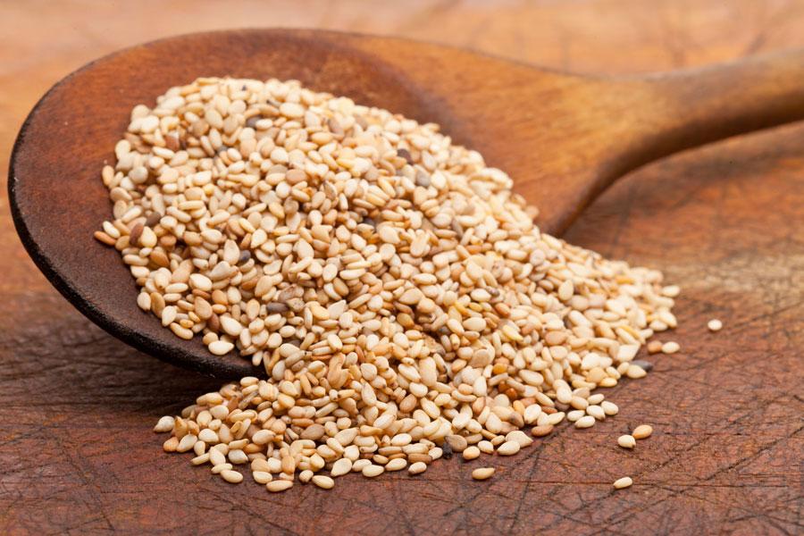 Usos curiosos del sesamo. Para qué sirve el sesamo. Usos diversos de las semillas de sésamo a lo largo de la historia