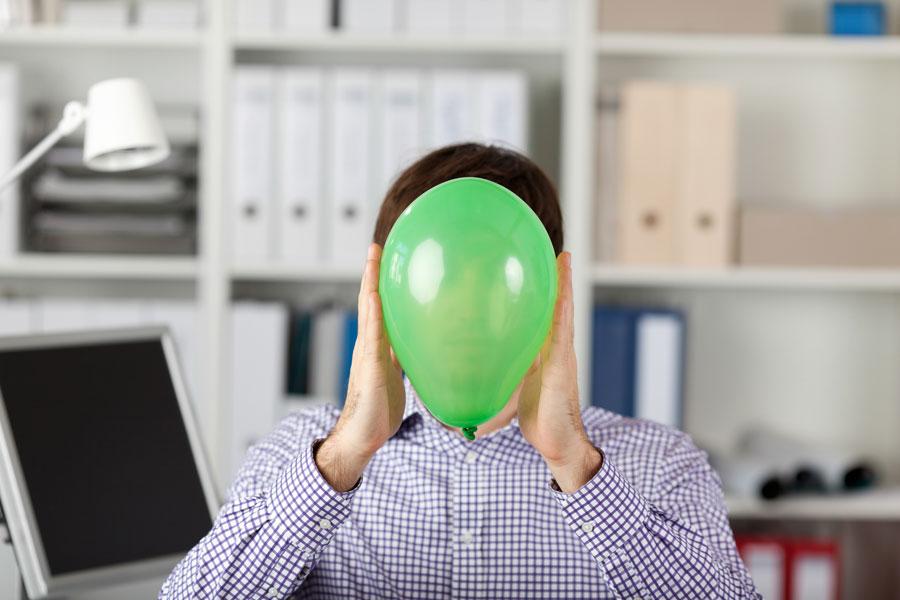 Ideas para entretenerse en el trabajo. Consejos para divertirse en la oficina. Cómo hacer del trabajo un lugar entretenido