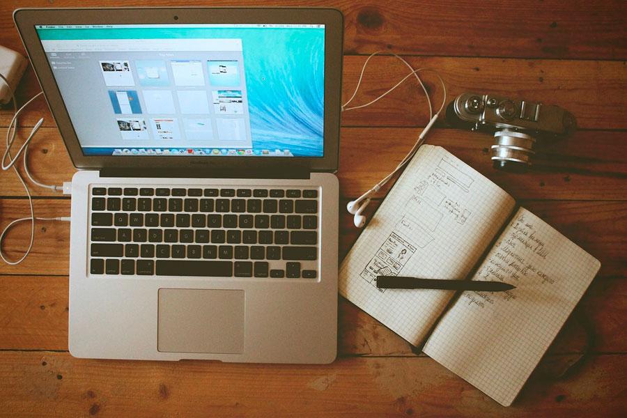 Consejos para reservar tus vacaciones online. Guía para reservar viajes por internet de forma segura. Evita estafas al reservar viajes online