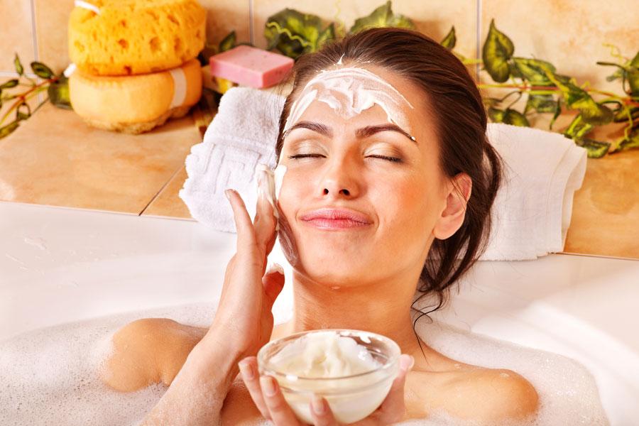 Recetas caseras para hacer mascarillas revitalizantes. 3 recetas de mascarillas naturales para revitalizar la piel.