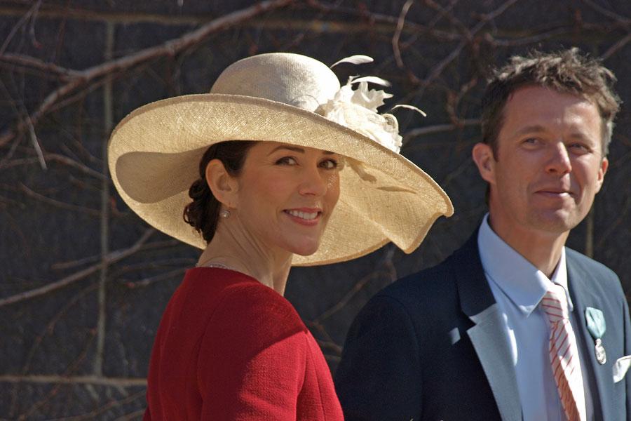 Reglas de vestimenta para eventos de la realeza. Cómo vestir según el protocolo de la realeza. Vestimenta para una boda real: ceremonial y protocolo