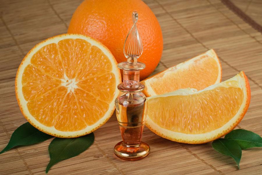 Receta para preparar aceite esencial de naranja casero. Cómo obtener aceite esencial de naranja. Guía para preparar aceite esencial casero de naranja