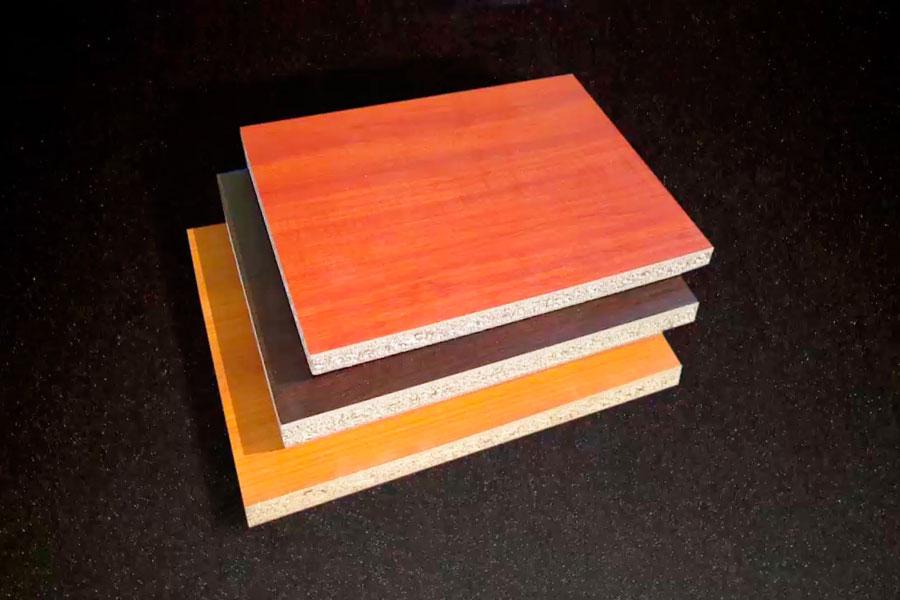 C mo aplicar melamina en madera for Aplicacion para disenar muebles