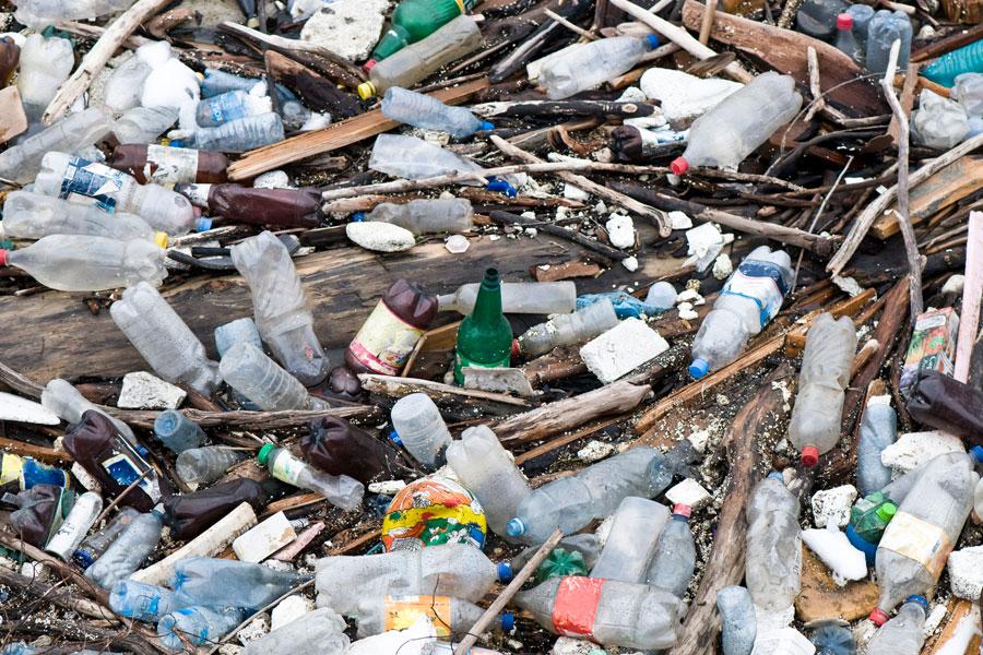 Cómo recorrer lugares contaminados. Los mejores lugares para hacer turismo tóxico. Cómo visitar sitios contaminados