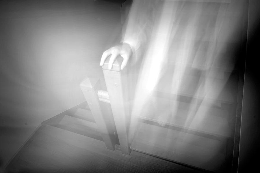 Cómo detectar fantasmas en la casa. Consejos para saber si hay fantasmas en casa. Fantasmas en la casa o solo ruidos normales?