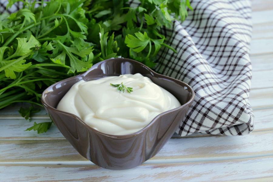 Recetas caseras para hacer mayonesa sin huevo. Cómo preparar una mayonesa sin huevo y libre de gluten. Recetas para hacer mayonesa casera sin huevo
