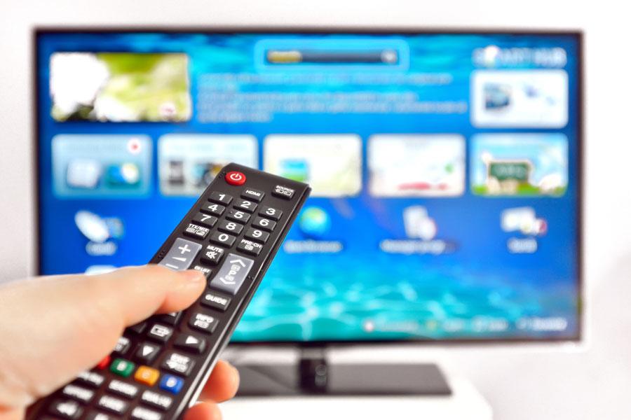 Cómo transformar tu televisor en un Smart Tv. Alternativas para transformar el televisor en un smart tv. Herramientas para convertir un tv en smart tv