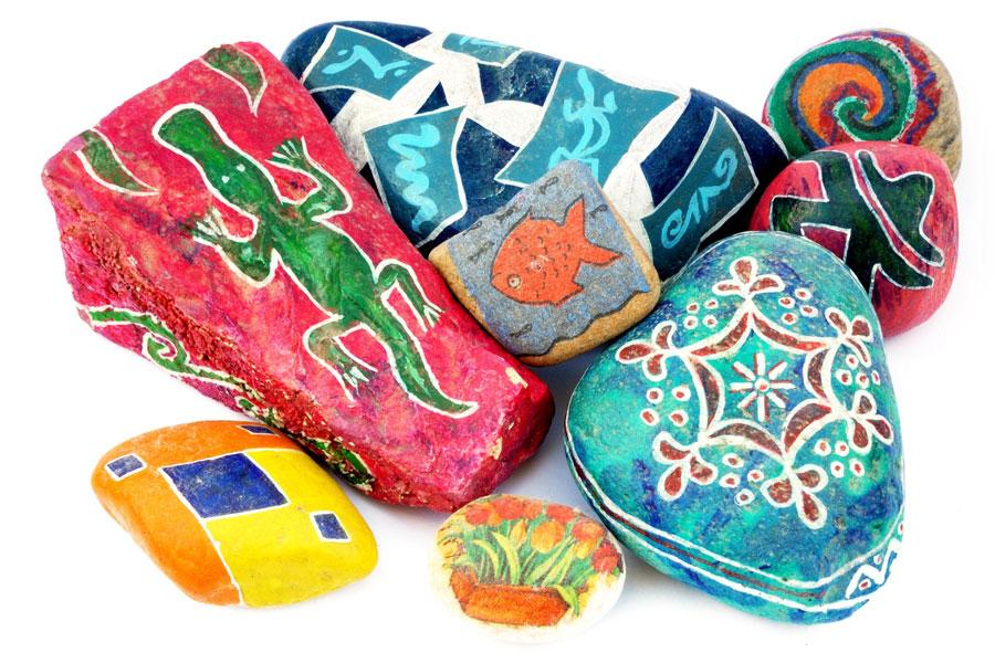 Ideas para una decoración con piedras. Cómo pintar las piedras y usarlas en decoración. Consejos para decorar usando piedras naturales