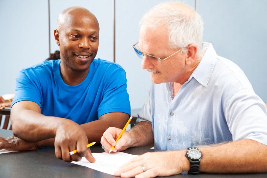 Claves para escoger un mentor. Cómo elegir un mentor para tu profesión. Tips para escoger un mentor con experiencia