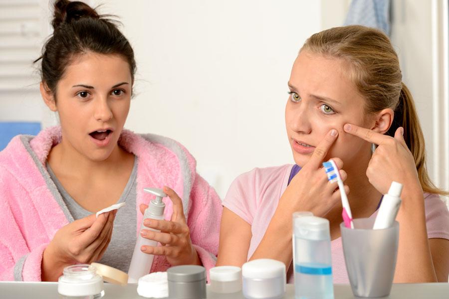 Formas económicas de prevenir el acné. Cómo evitar la aparición de granitos del acné. Métodos caseros para prevenir el acné sin gastar dinero