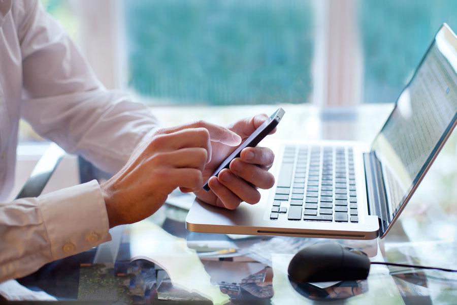 Tips para comprar móviles usados por internet. Cómo comprar un telefono de segunda mano online. Tips para comprar smartphones usados