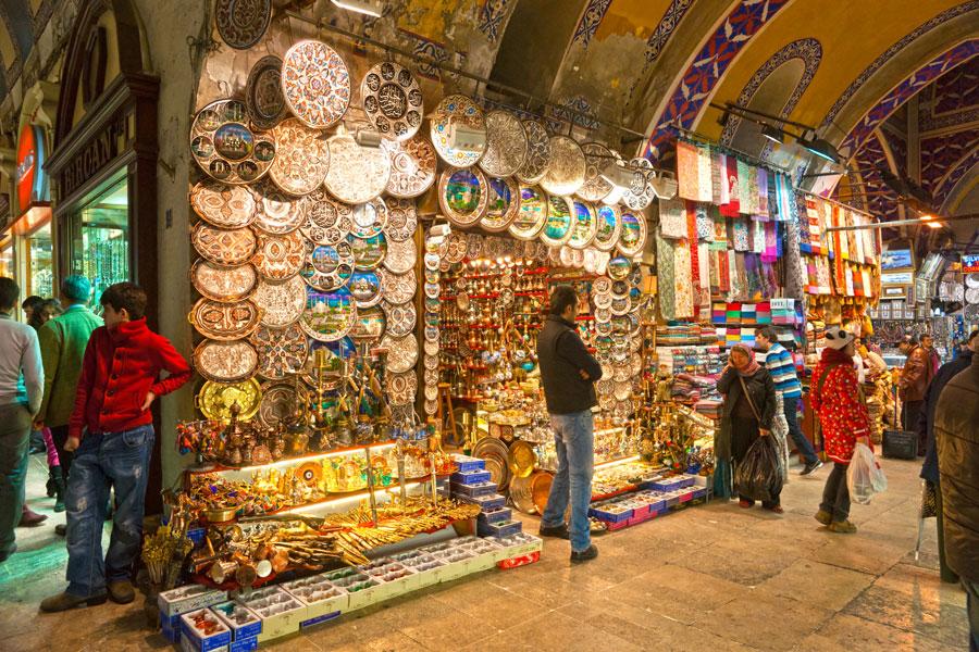 Consejos para regatear durante tus vacaciones. Cómo regatear al comprar artesanías. Consejos para regatear durante un viaje