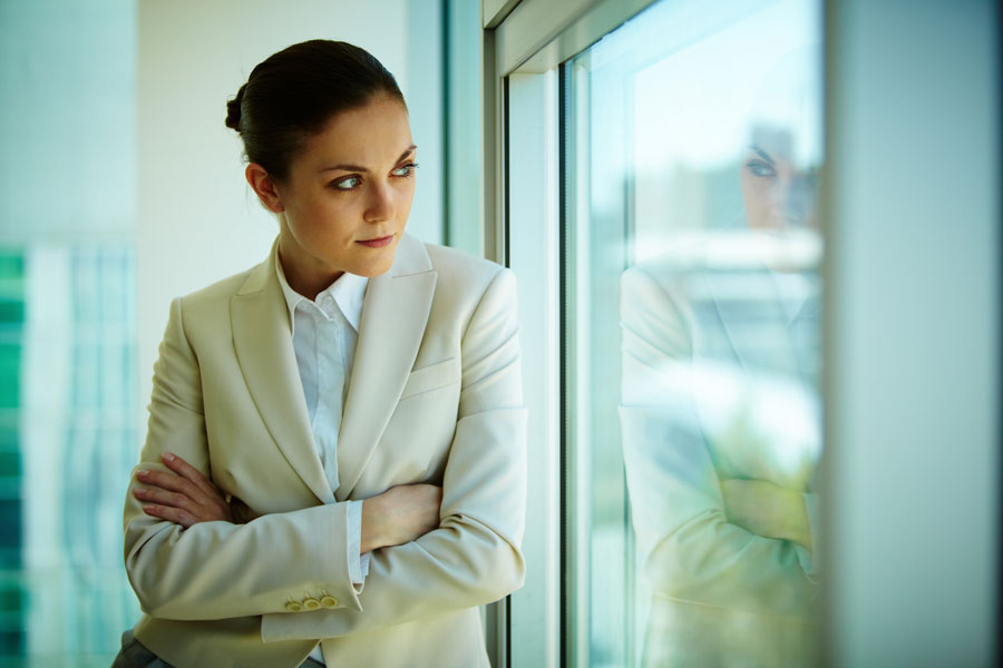 Claves para tratar a los empleados según su personalidad. Cómo tratar a empleados introvertidos. Cómo tratar a empleados extrovertidos