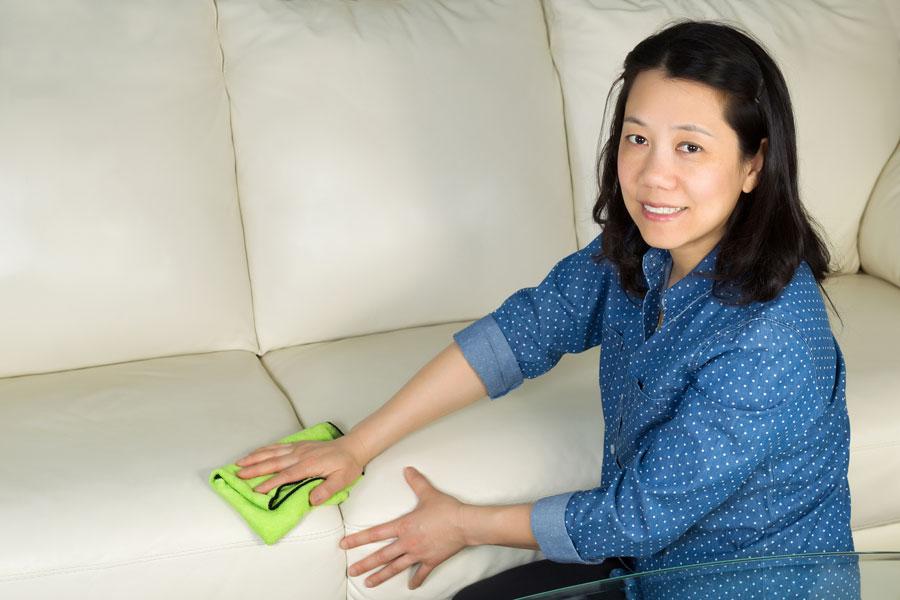 C mo limpiar la microfibra - Como limpiar un sofa ...