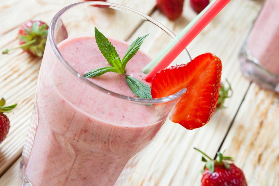 3 licuados sabrosos ideales para adelgazar. Cómo preparar batidos con frutas para perder peso. Batidos para perder peso