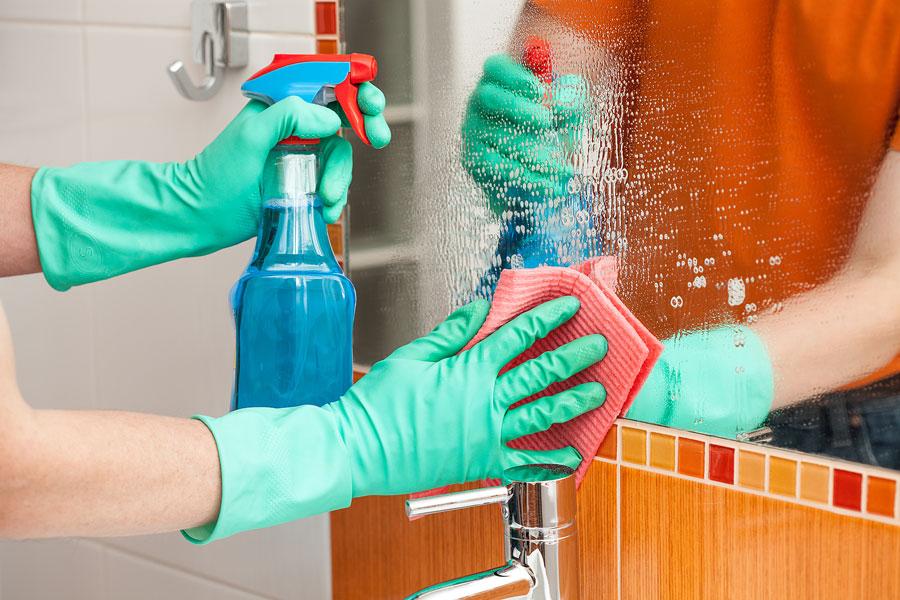 10 trucos para limpiar el hogar. Trucos de limpieza para el hogar. Tips para limpiar las superficies del hogar