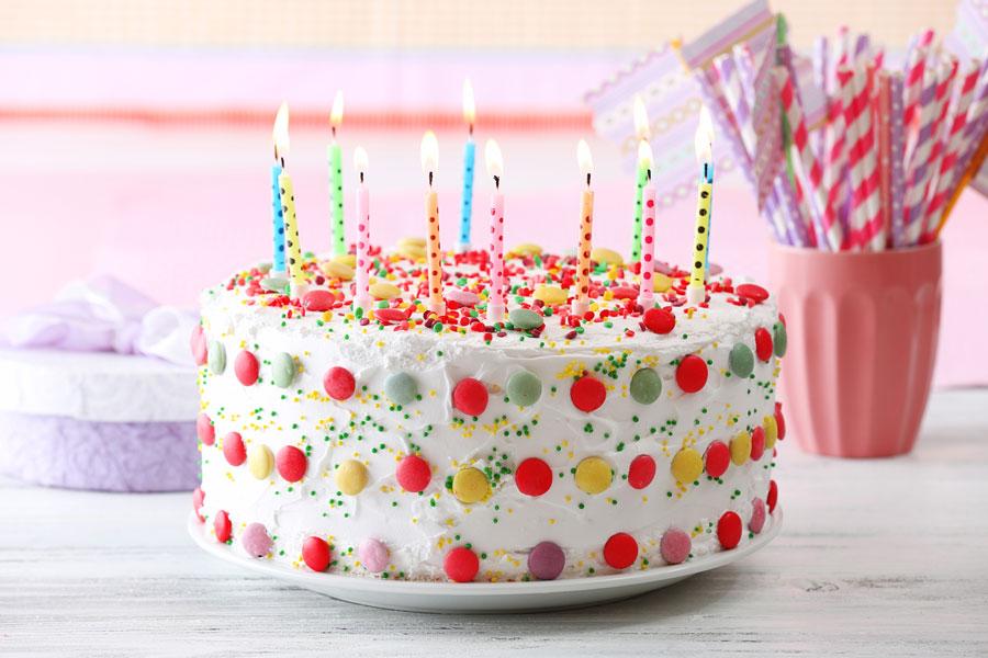 C mo hacer un pastel con sabor a confites for M m cake decoration