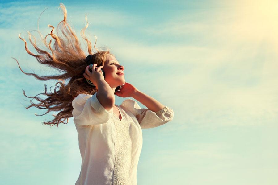 Cómo equilibrar las emociones con música. Cómo usar la música para trabajar las emociones. Tips para trabajar las emociones con música
