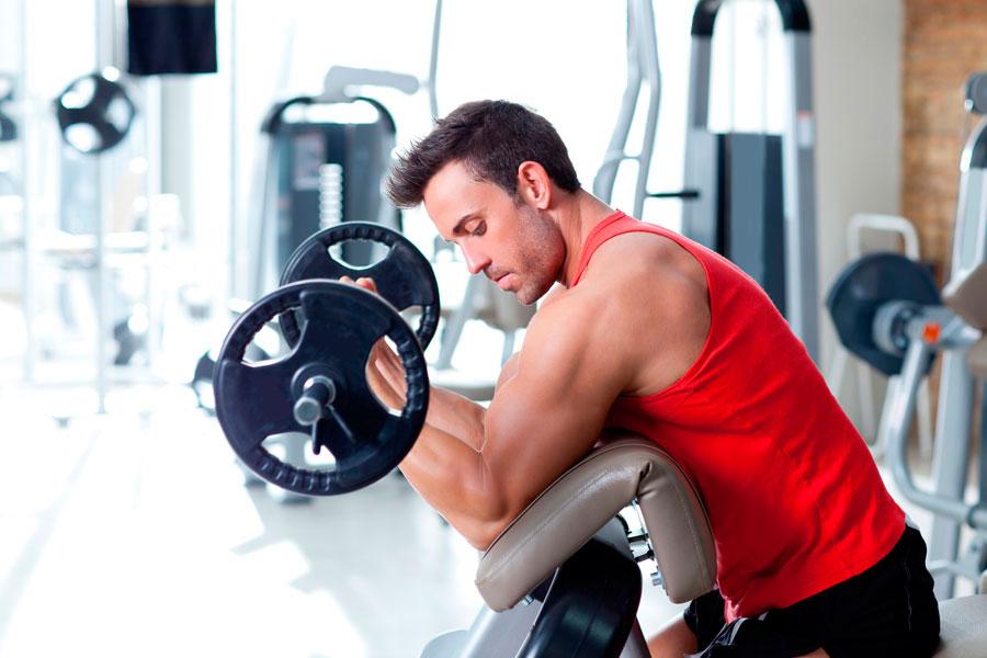 Cómo respirar al levantar peso. Técnica de respiración al levantar pesas. Cómo respirar cuando haces fuerza. Métodos para respirar al hacer ejercicios