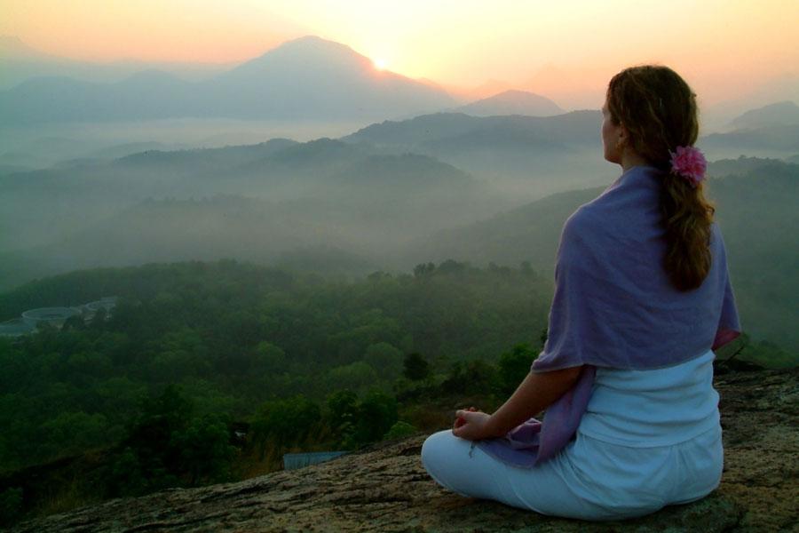 Meditación con el arcángel gabriel. Cómo desbloquear el segundo chakra con el arcángel gabriel. Meditación para abrir el segundo chakra.