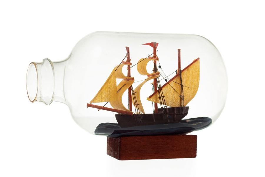 Manualidades para hacer con botellas de vidrio. Ideas para reciclar botellas de vidrio. Cómo reutilizar botellas de vidrio.