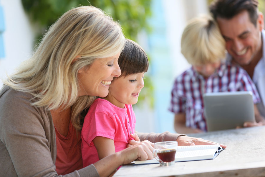 Cómo enseñarle las letras a los niños. Primeros pasos para aprender a leer: enseñar las letras. Guía para enseñar las letras a tu hijo