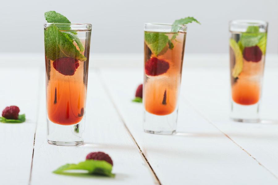 Cómo hacer el coctel mimosa. Recetas para preparar mimosas. 5 recetas para hacer el cóctel mimosa. Receta básica de mimosa