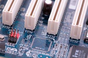Consejos para ahorrar energía en el uso de la computadora