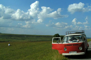 Consejos de conducción del coche en verano para ahorrar en gasolina