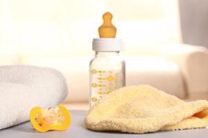 Cómo ahorrar en la compra de elementos para el bebé