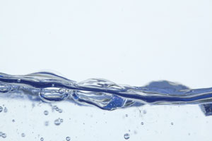 Cambia los hábitos de uso del agua para evitar el despilfarro