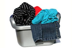 Pequeños ahorros a la hora de lavar las prendas