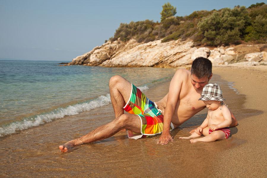 Juegos para hacer con bebés de 7 meses. Cómo jugar con un bebé de 7 a 9 meses. Ideas para jugar con un bebé desde los 7 meses