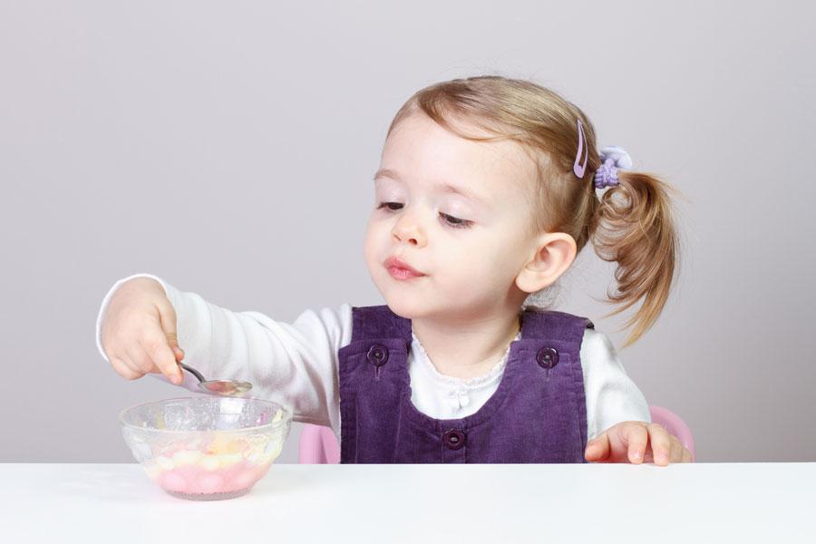 Juegos para hacer con bebés de 18 meses. Cómo jugar con un bebé de 18 a 24 meses. Ideas para jugar con un bebé desde los 18 meses